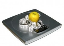 weighing-scale-with-fruit